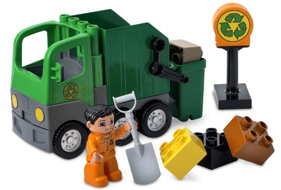 4659 1 Garbage Truck Swooshable