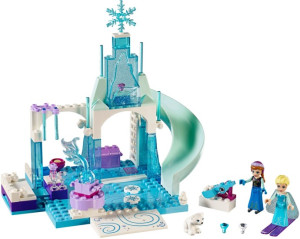 Anna and Elsa's Frozen Playground