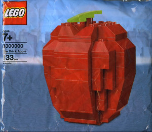 The Brick Apple (LEGO Store Grand Opening Set, Rockefeller Center, New York, NY) polybag