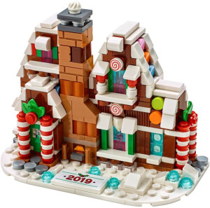 Microscale Gingerbread House