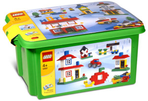 Ultimate LEGO House Building Set (Red Tub)