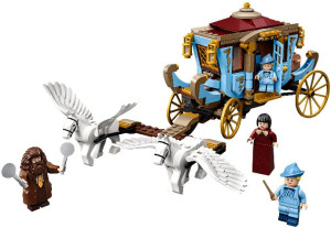 Beauxbatons' Carriage: Arrival at Hogwar