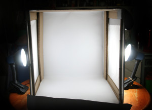 How to create an inexpensive light tent