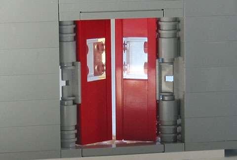 Push/pull doors