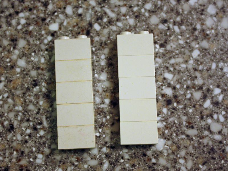 Whitening LEGO with hydrogen peroxide